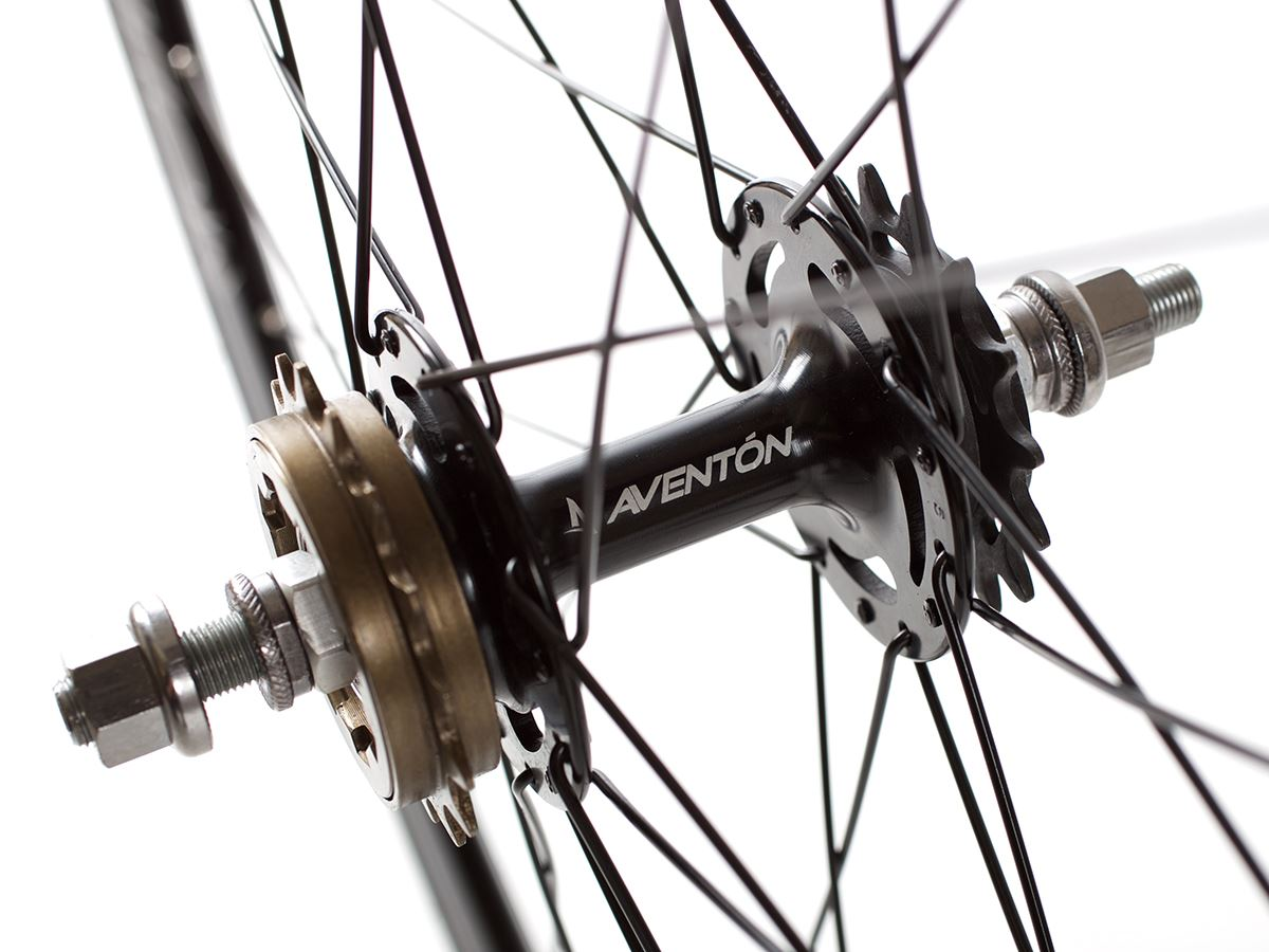 aventon-push-wheelset-black 2
