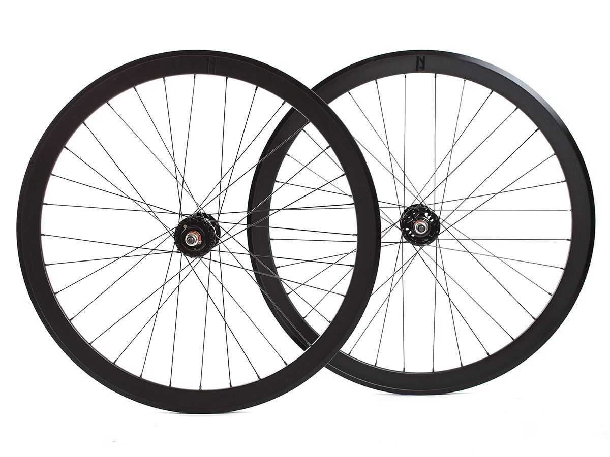 0023732_hson-sl42blb-track-wheelset-black