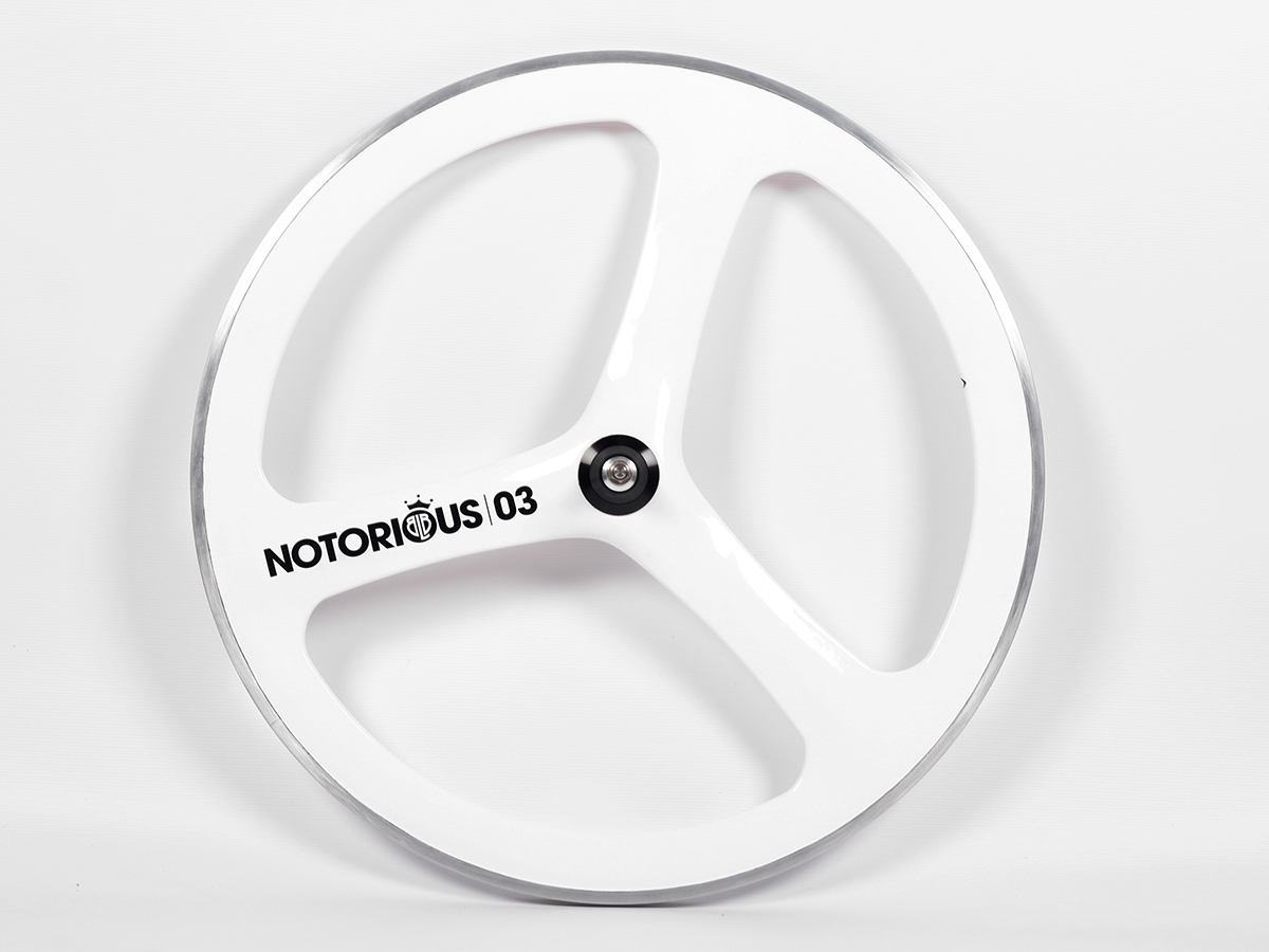 0016909_blb-notorious-03-carbonalloy-front-wheel-white